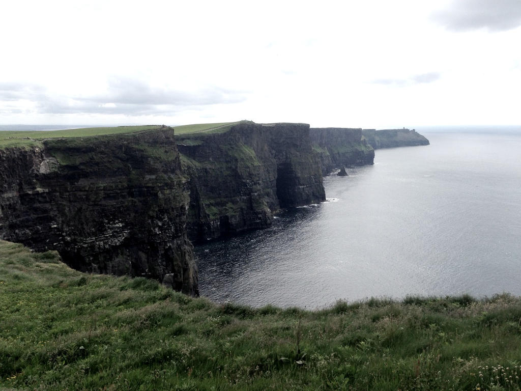 Cliffs of Moher by XxDismalFirexX