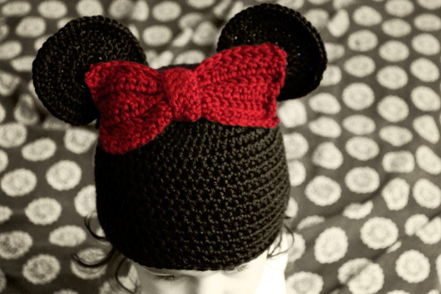 Minnie Mouse Crochet Hat By Liznat On Deviantart