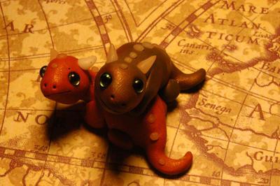 Baby Pygmy Dragons by MyrHansen