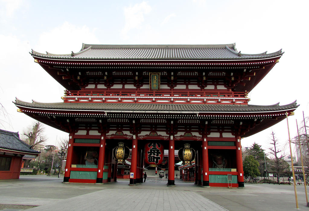 Asakusa temple by kitsune89
