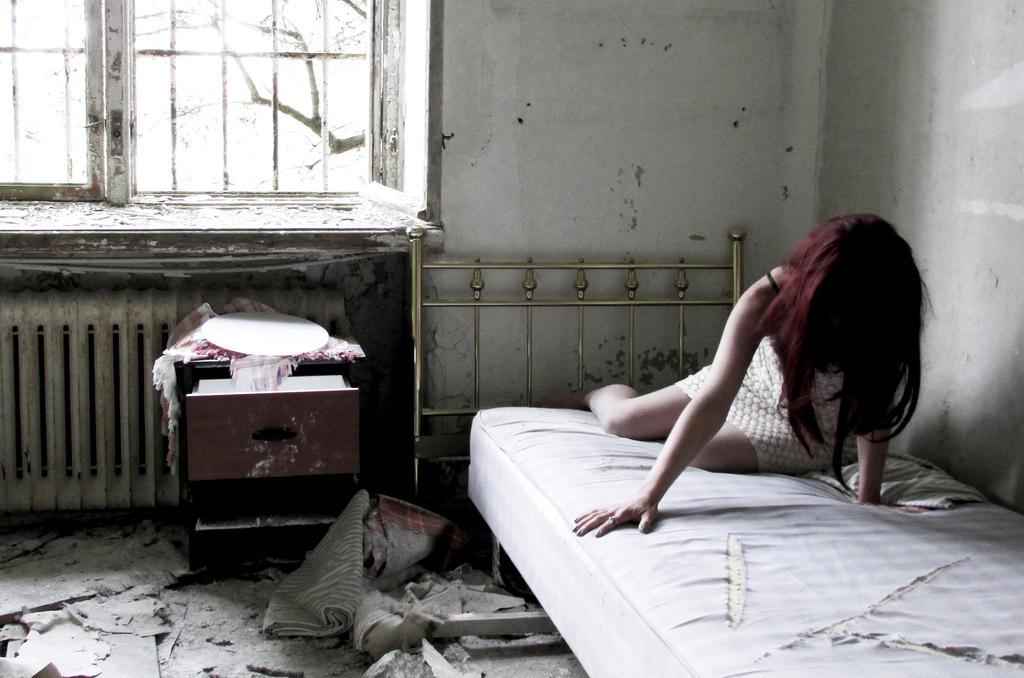 mental pain inside by kitsune89