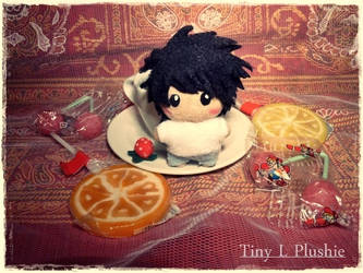 Cute little Tines I: Tiny L Plushie by Plushbox