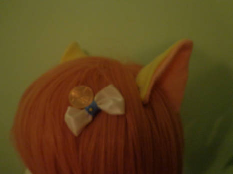 side view of the cat/pony ears and bow
