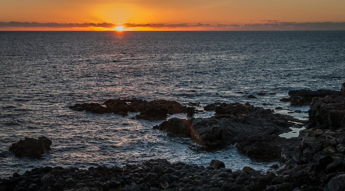 Kaena Point Sunset by Jonathan-Flash