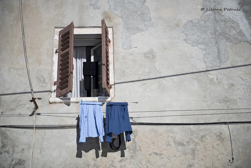 Blue shirt by lpetrusa