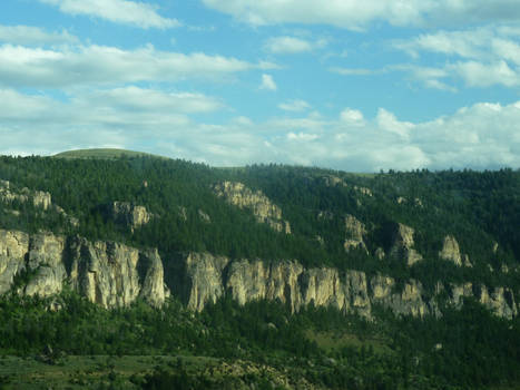Mountain Cliffs Without End