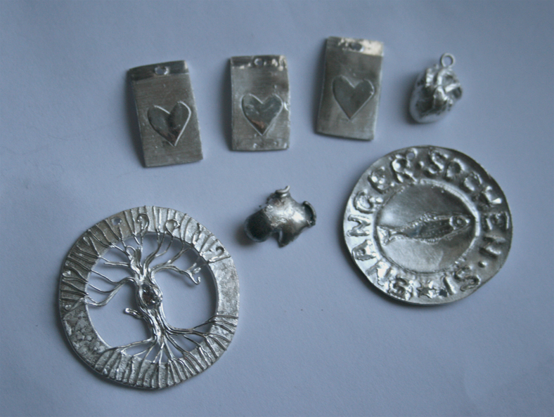 Silver clay things - December by ihni