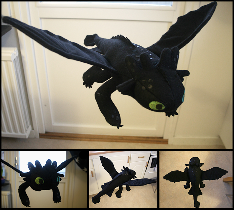 Toothless plushie thing by ihni