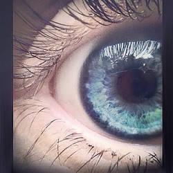 mine eyeball by KayLynnay
