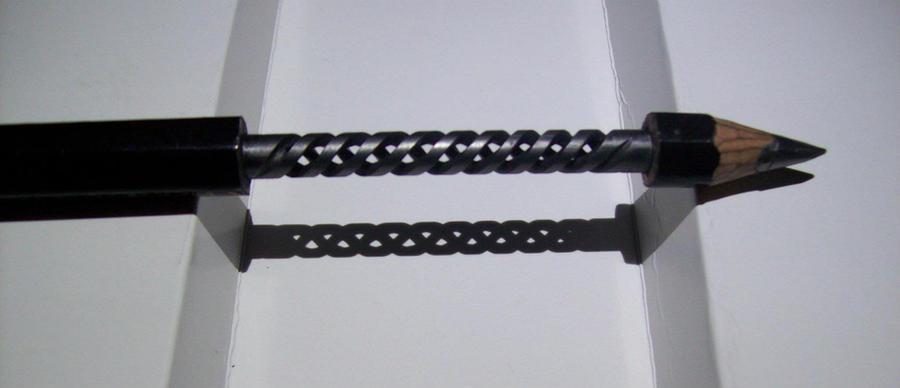 pencil carving breakable reality_triple-helix by cerkahegyzo