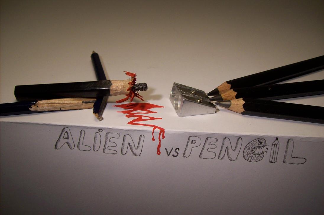 Alien vs Pencil by cerkahegyzo