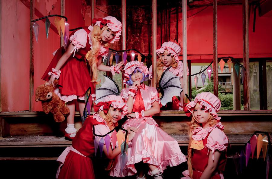 Scarlet sisters by niconicochan