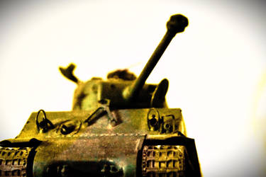 Sherman tank by carlosthebadman