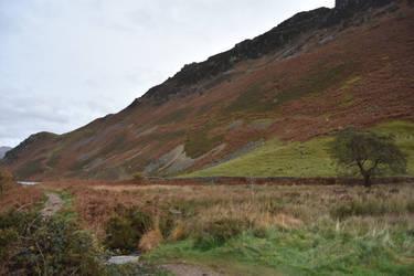 Mountain side  by carlosthebadman