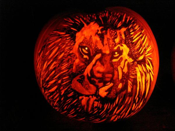 Lion or Aslan II Pumpkin by rjclrutter