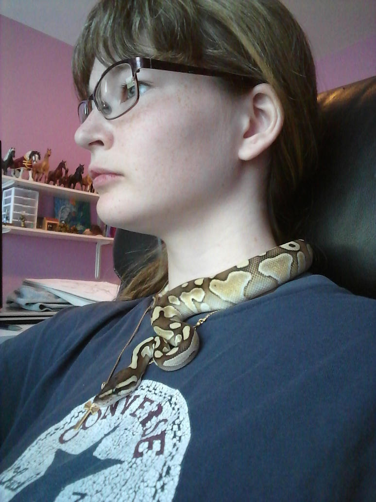 Snake Necklace! by Redwolfless