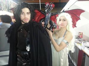 Jon Snow and Daenerys Targaryen cosplay