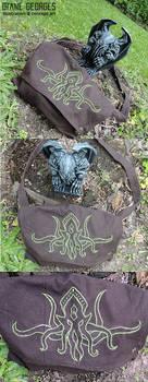 Cthulhu embroidery messenger bag
