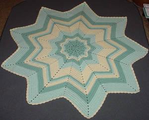 Maddy's Round Ripple Blanket