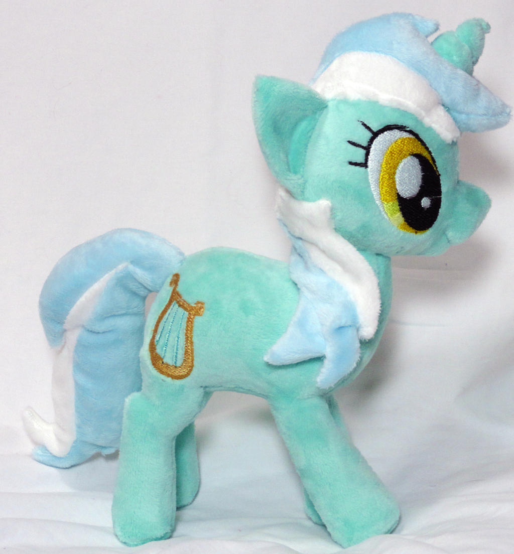 Lyra Plush by Cryptic-Enigma