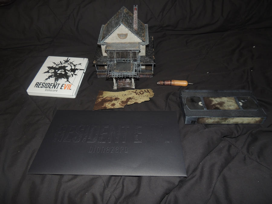 Resident Evil 7 Collector's Edition by HannahDoma