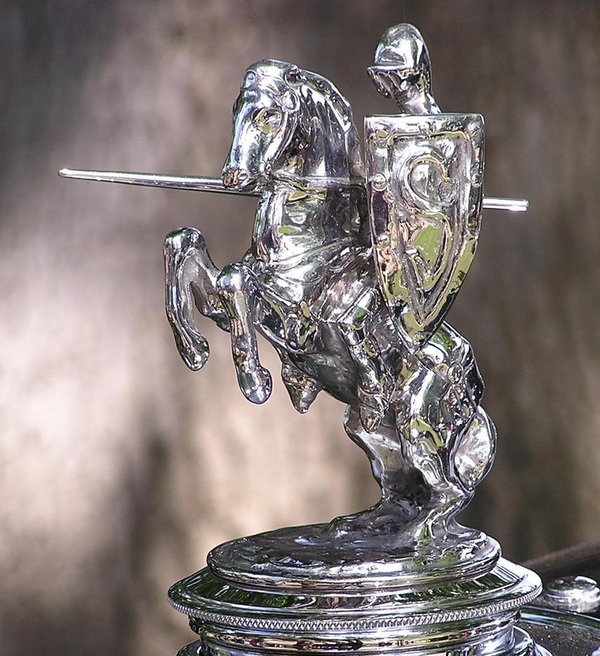 Cool hood ornaments - Charging Knight Hood Ornament By Hawkeye024