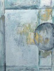 White circle- Detail