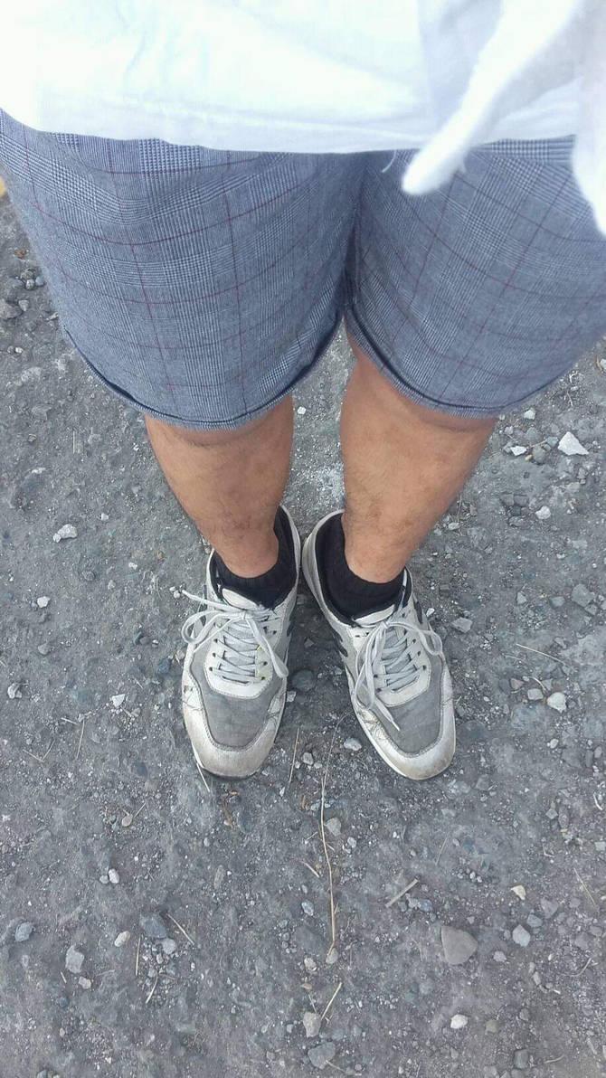 filipino guys sneakers