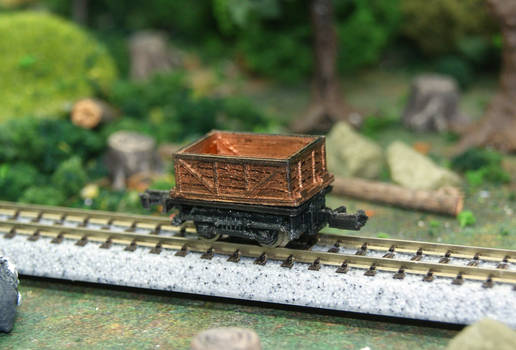 N Scale Rusty Bagel Mining Hopper