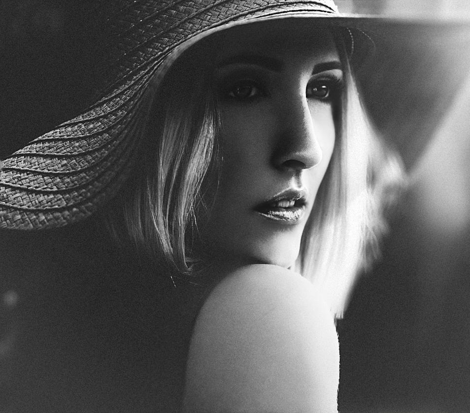 Let Her Feel (5) by torasenfoto