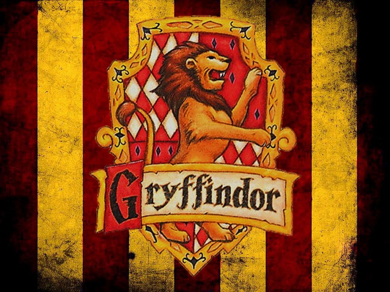 Gryffindor Flag by Kooro-sama