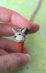 Miniature Totoro ice cream charm by EmisBakery