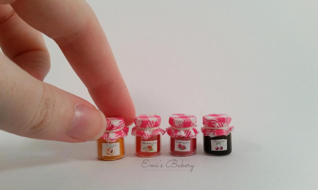Miniature jam in bottle