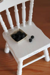 Miniature blackberries by EmisBakery