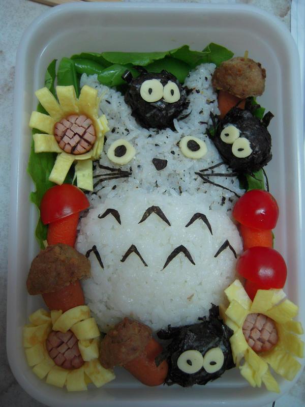 Totoro Bento by cozjetez