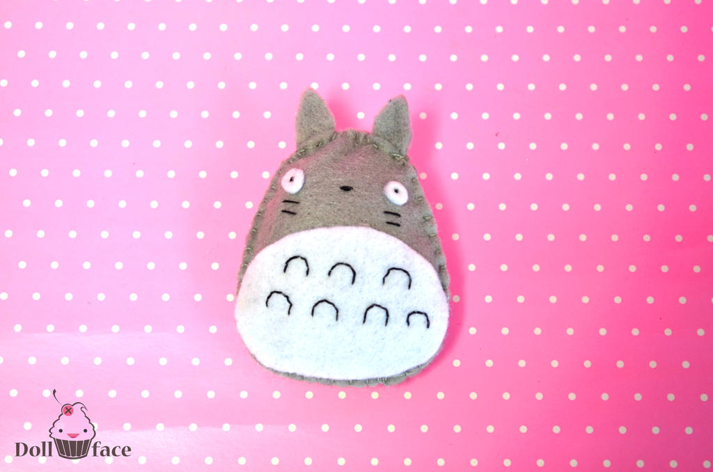 Totoro pin by Dollface-RYJ