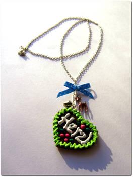 lebkuchenherzl necklace