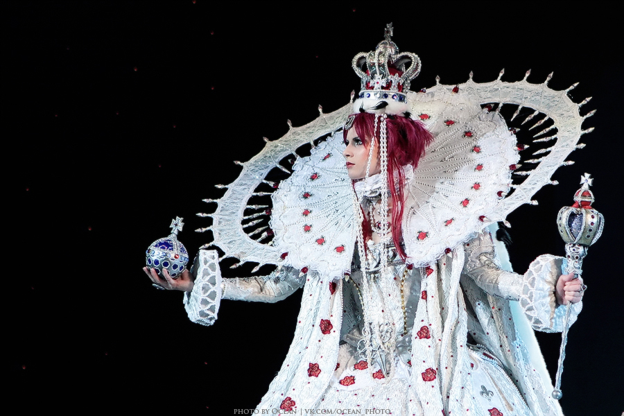 TB: White Queen by DashaOcean