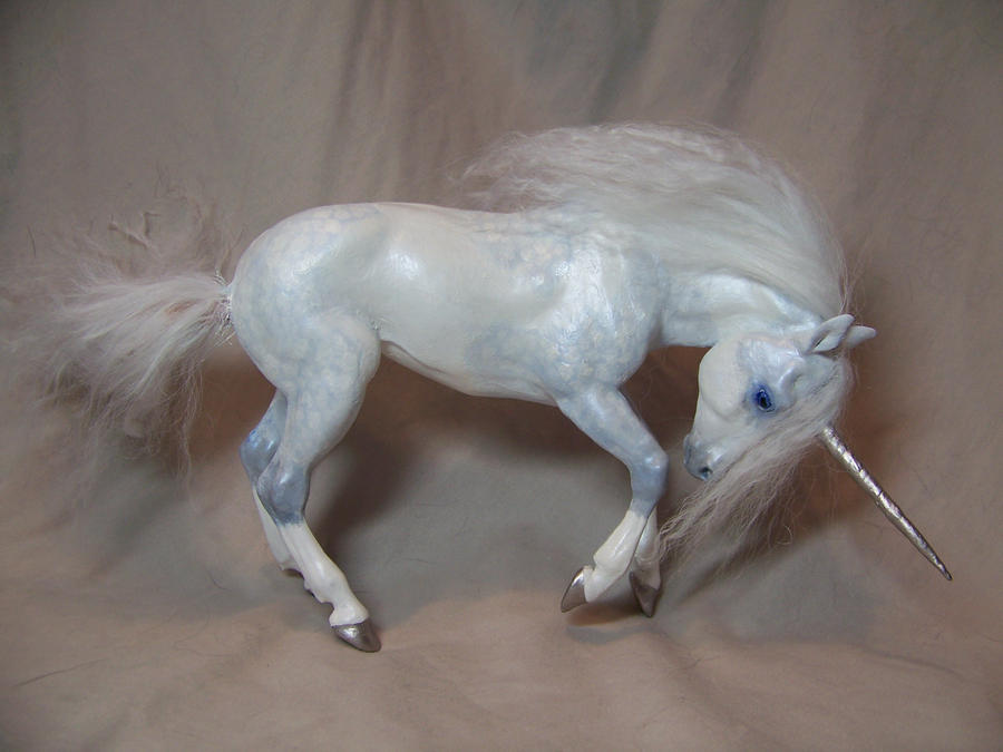 'Spook'  ooak unicorn by AmandaKathryn