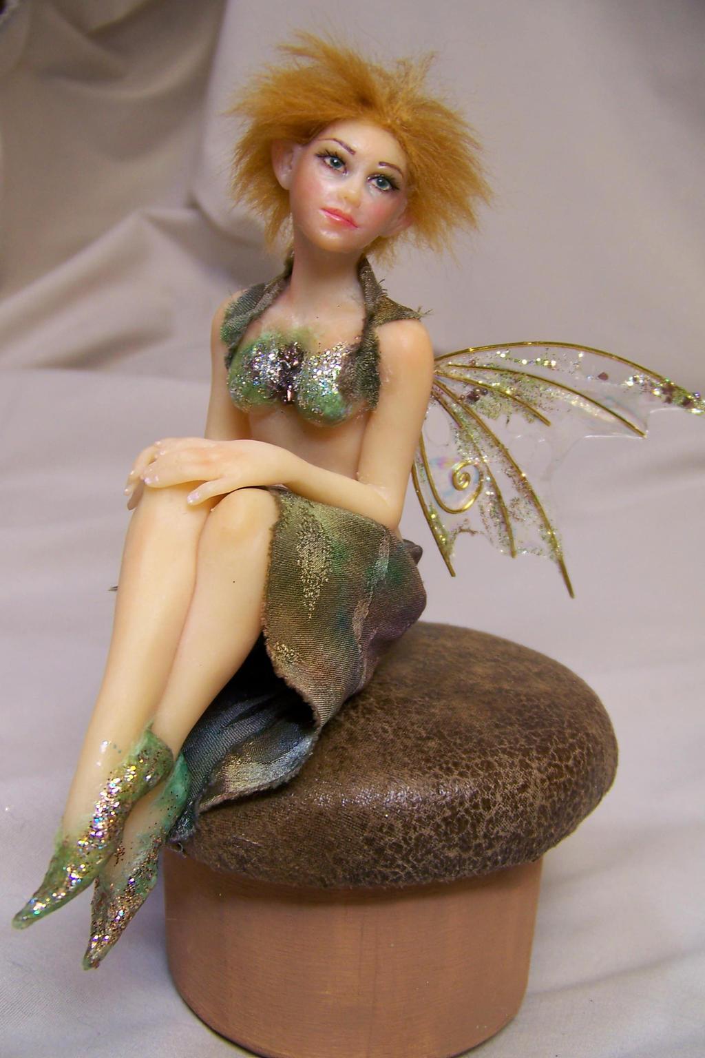 Shaylee ooak fairy by AmandaKathryn