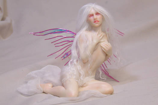 Rosalba: albino fairy