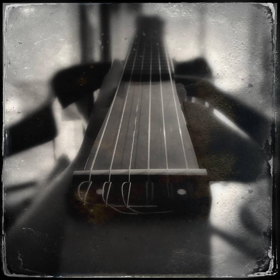 Silent guitar by Pandinus