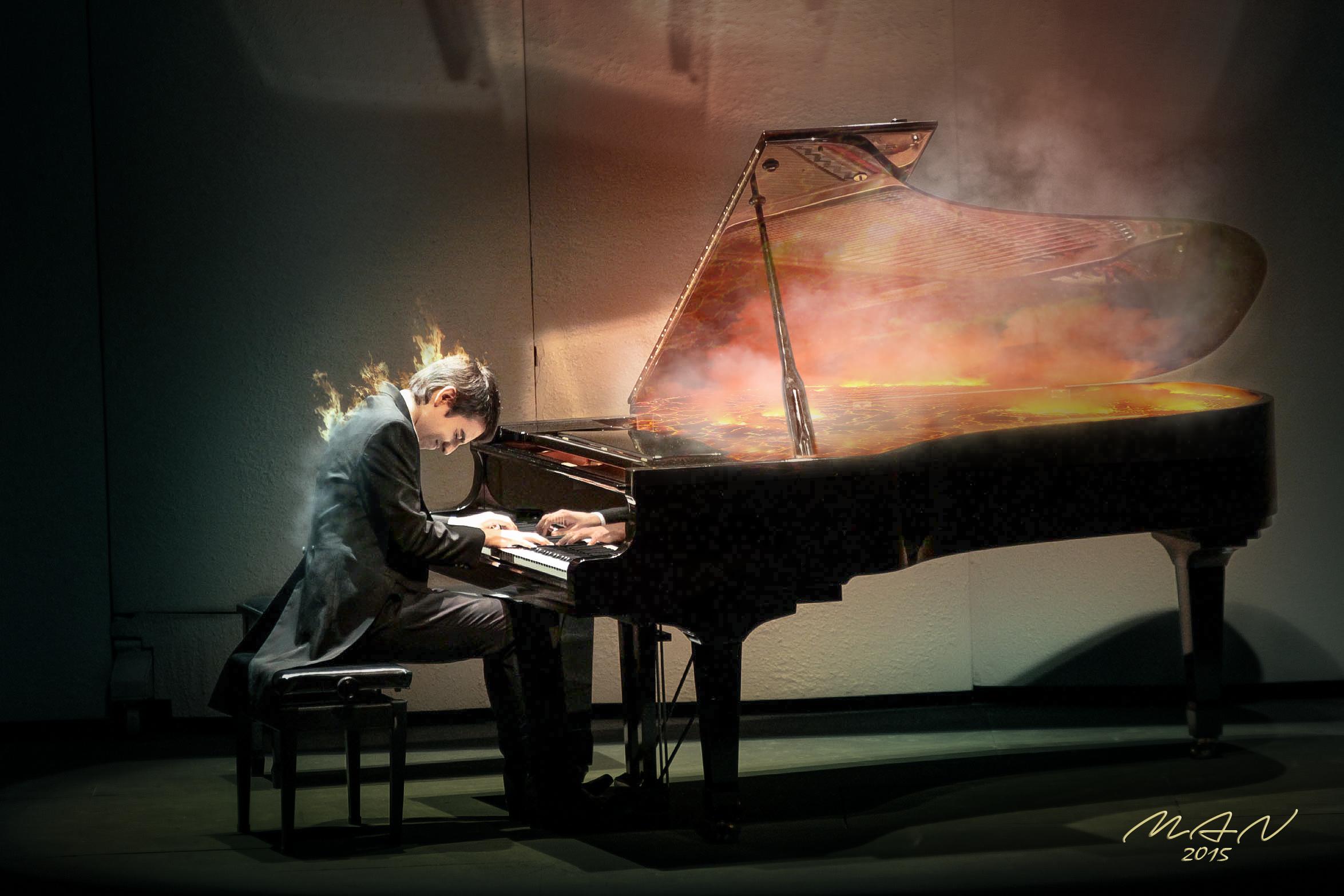Днюхой картинки, пианист картинки креативные