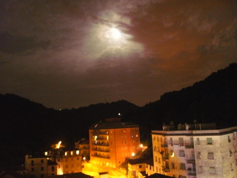 Red sky at midnight pt. 2 by Kazuma27
