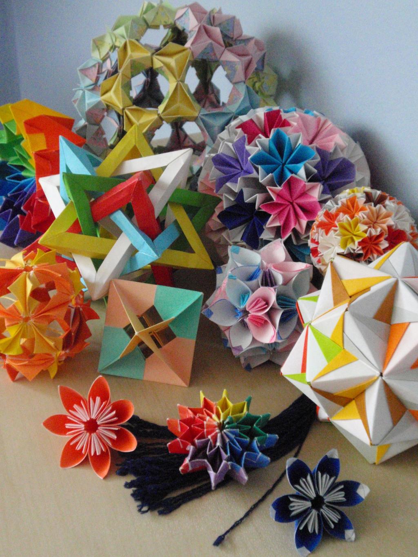 Pile of Origami ^^ by Revenia