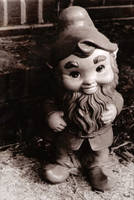 Gnome by photochic713