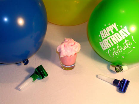 Pinkie Pie Shooter - Liquid Cupcake