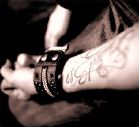 Bill Kaulitz - tattoo