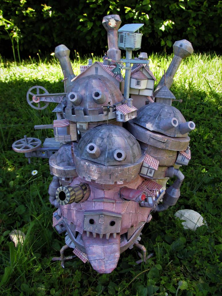 Papercraft Owl's moving Castle (Miyazaki) by Judy25