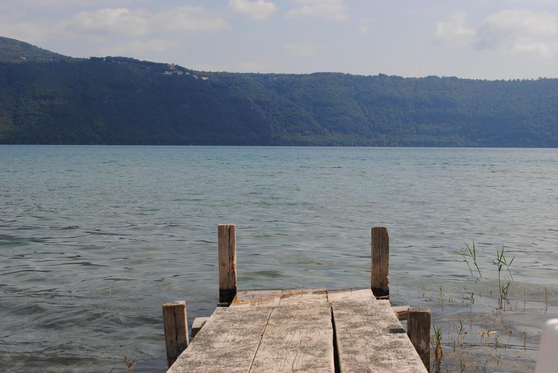 Lake. by Julie-xxx